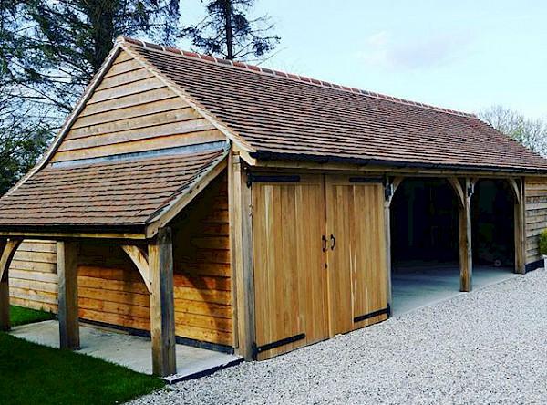 Oak garages outbuildings complexes fine oaks building for Due bay garage